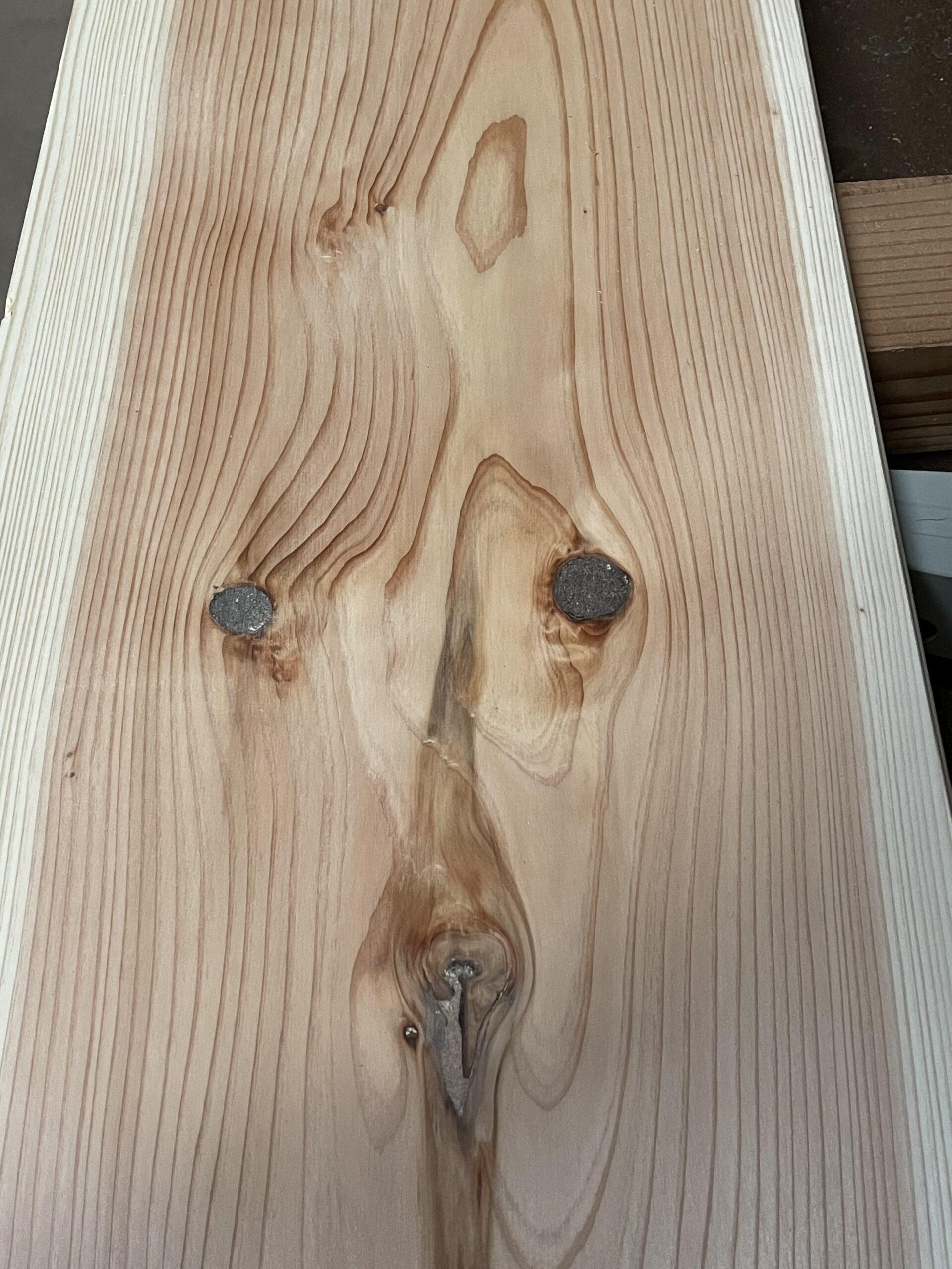 毎日綱渡り状態ですが木材確保出来てます!