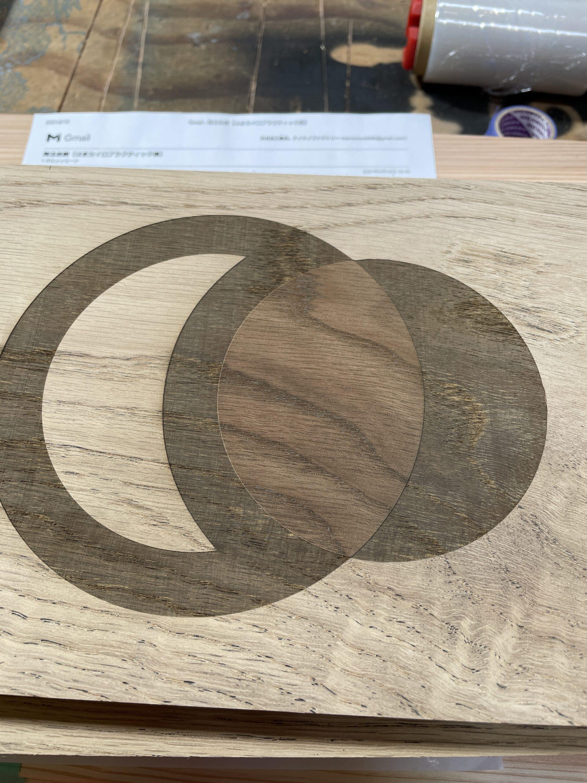 レーザー加工でロゴのグラデーションの再現